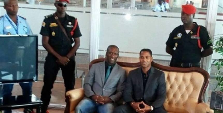 «سيدورف وكلويفرت» يصلان الكاميرون لتولي تدريب المنتخب