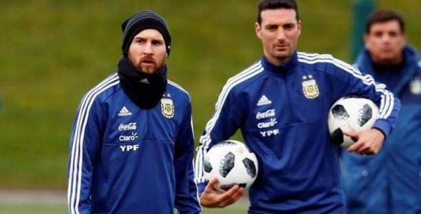 رسميا.. سكالوني مستمر في تدريب الأرجنتين بتصفيات مونديال 2022