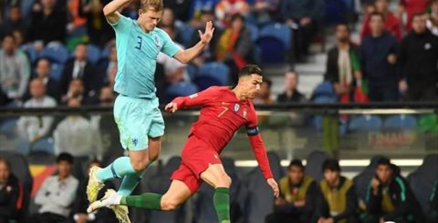 كريستيانو رونالدو يغري دي ليخت بمزاملته في يوفنتوس ورفض برشلونة