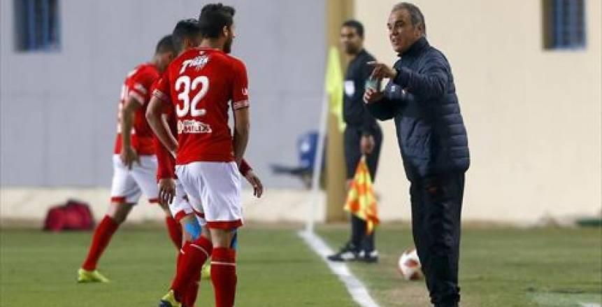 «لاسارتي» يُهدد لاعبي الأهلي بـ«الدكة».. وتحذير أخير لـ«محمد شريف» قبل الرحيل