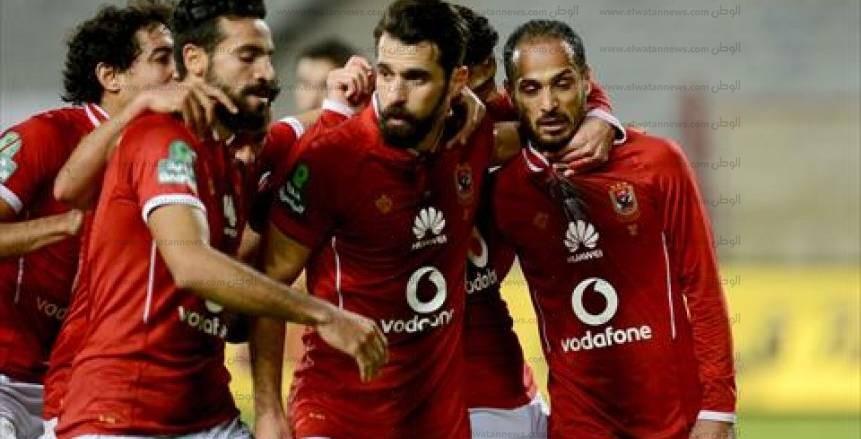 عاجل| مدير الكرة بالأهلي يجتمع بعبدالله السعيد للتجديد