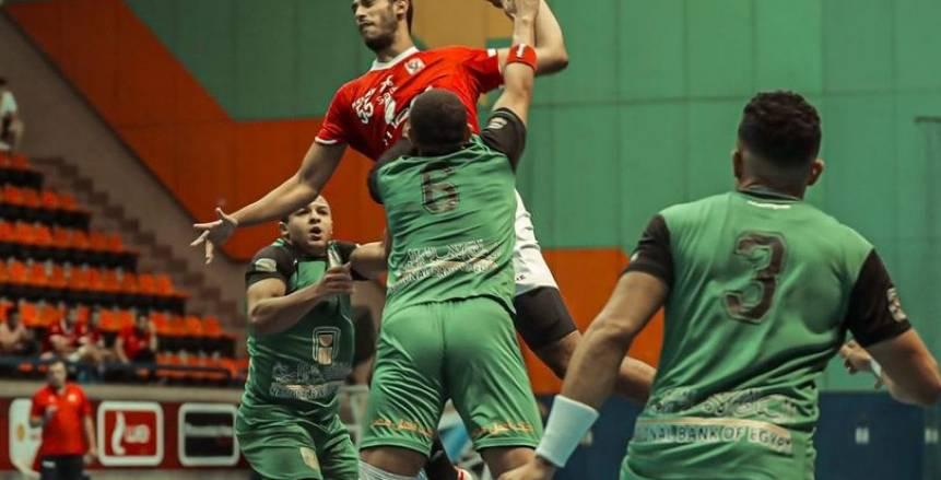 الأهلي والزمالك يفوزان في افتتاح مبارياتهما بدوري اليد