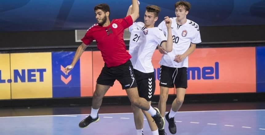 مصر تتصدر المجموعة الثانية بعد تعادل فرنسا والسويد في بطولة العالم لناشئي اليد