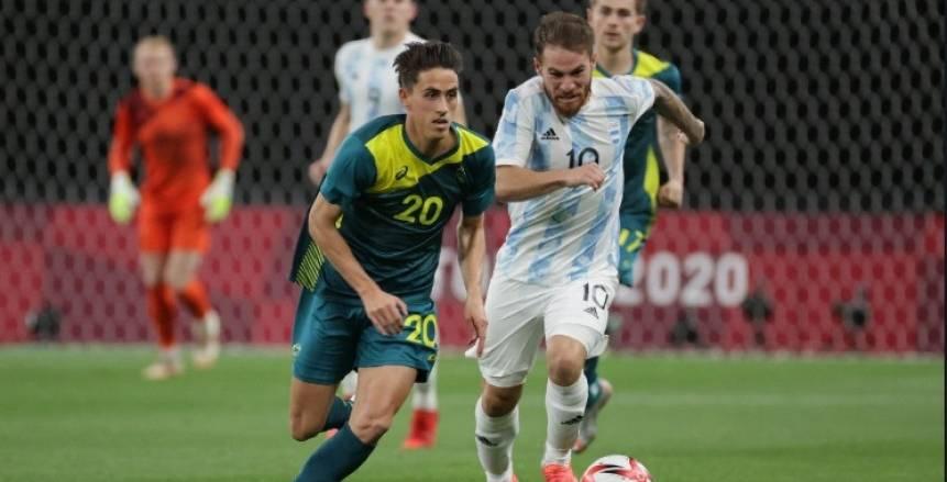 9 بطاقات صفراء وطرد.. قطار أستراليا يدهس الأرجنتين بثنائية بالأولمبياد