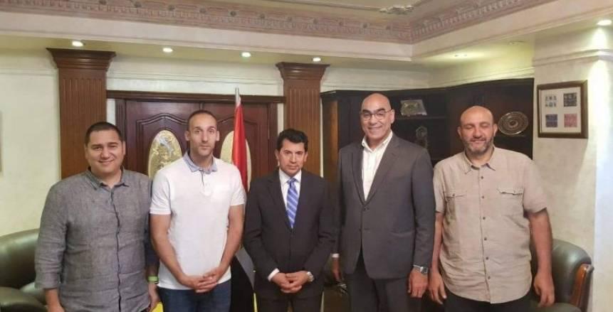 مدرب إسباني يقود منتخب مصر لكرة اليد