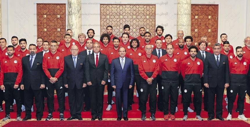 الرئيس يشعل حماس لاعبى المنتخب قبل المونديال