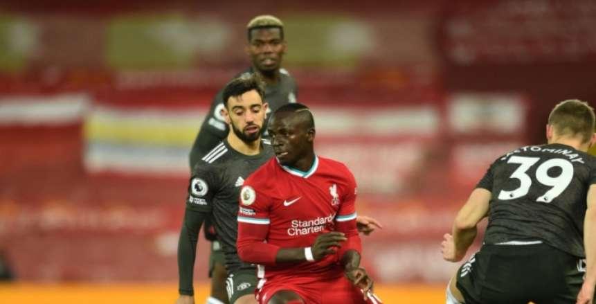 التعادل السلبي يحسم الشوط الأول بين ليفربول ومانشستر يونايتد