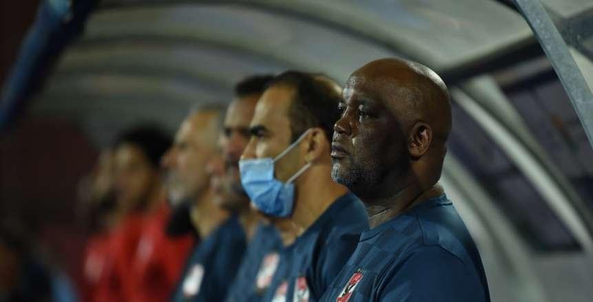 موسيماني يدافع عن نجومه: «إحنا لحم ودم ولازم نقدر ضغوط لاعبي الأهلي»