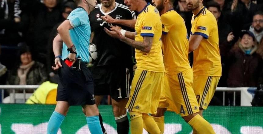 الاتحاد الأوروبي يعلن عقوبة «بوفون» بعد طرده أمام ريال مدريد