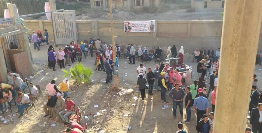 استمرار عملية التصويت بعدد من مراكز شباب محافظة الجيزة