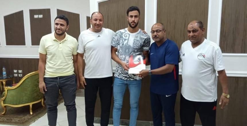 بالصور.. طلائع الجيش يضم أحمد علاء لمدة موسمين