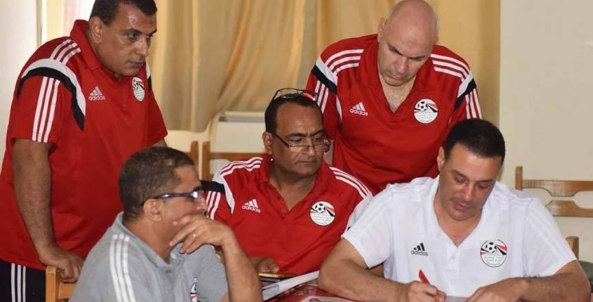 اتحاد الكرة يطلب زيادة قائمة الحكام الدولية.. ننشر الأسباب
