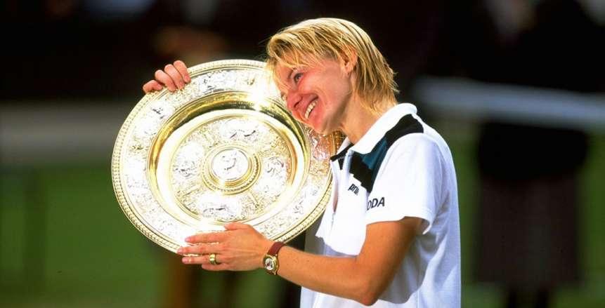 وفاة لاعبة التنس التشيكية يانا نوفوتنا
