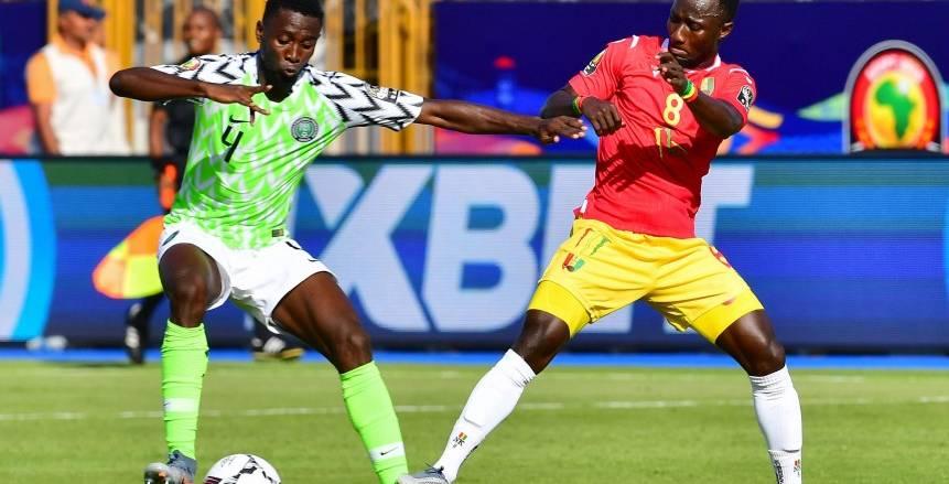 التعادل السلبي يحسم الشوط الأول من مباراة نيجيريا وغينيا