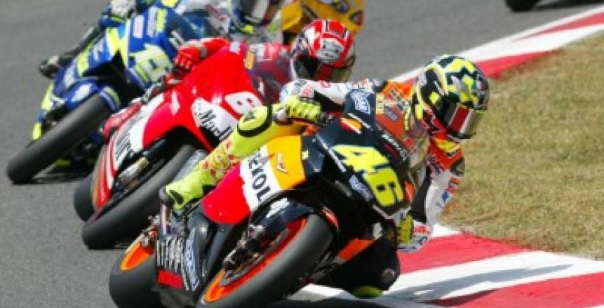 كورونا يتسبب في تأجيل سباق إسبانيا ببطولة العالم للدراجات النارية