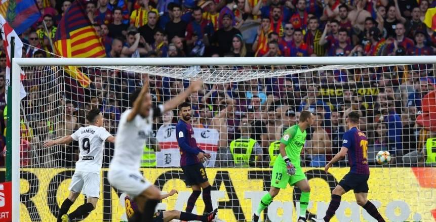 بالفيديو| رودريجو مورينو يحرز ثاني أهداف فالنسيا في شباك برشلونة