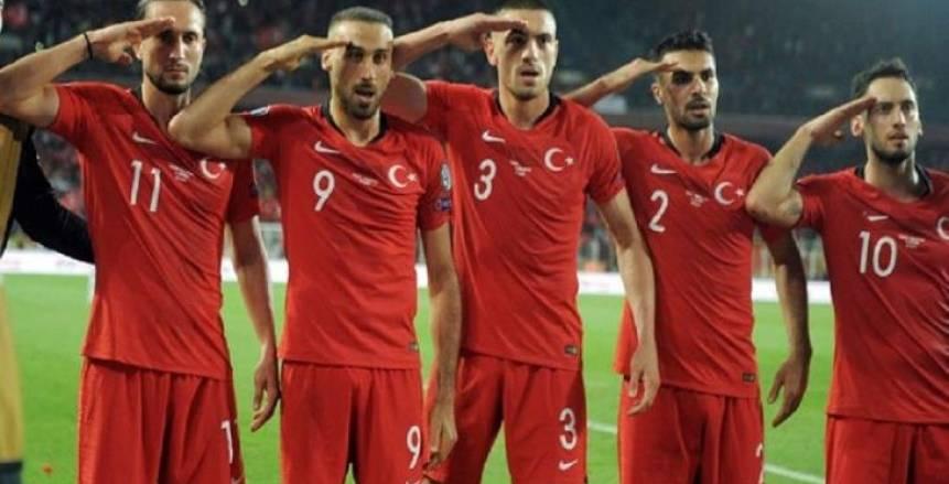 وزير الرياضة التركي عن منتقدي التحية العسكرية: يحاولون التستر على فشلهم