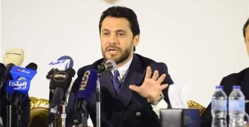 أحمد حسن: إبعاد سمير عثمان عن لجنة الحكام