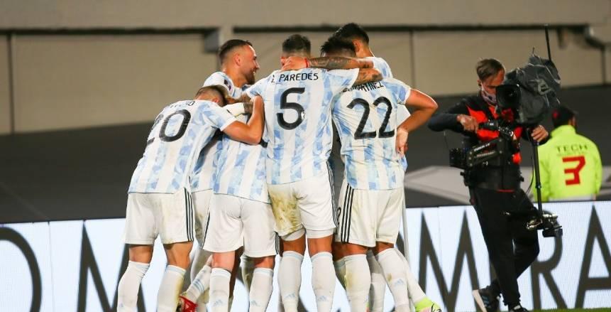 """""""الآن"""" مباراة الأرجنتين وبيرو بث مباشر  مشاهدة مباراة الأرجنتين"""