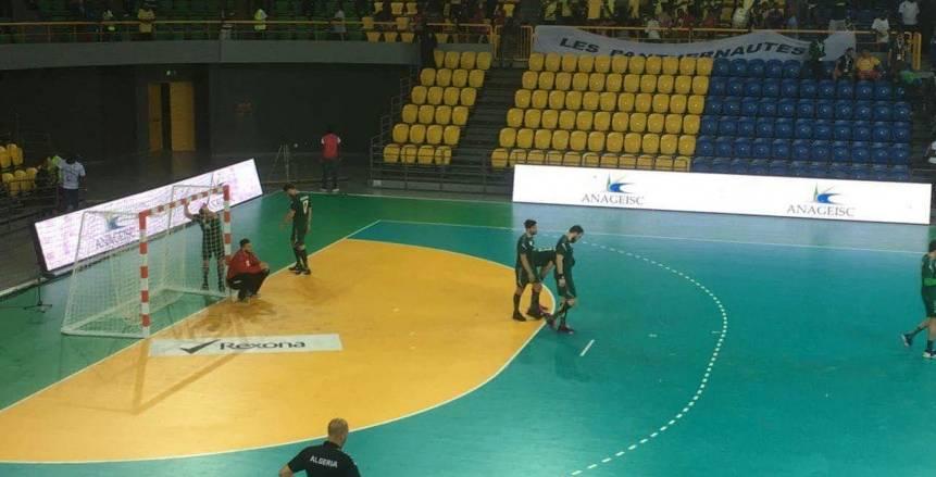 كرة يد| الجابون تحقق مفاجأة من العيار الثقيل وتهزم الجزائر بالبطولة الأفريقية