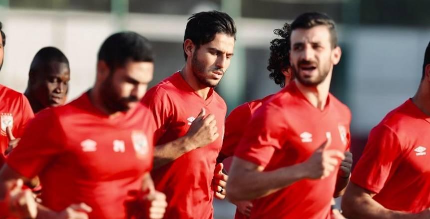 صورة.. أمير كرارة يتابع مباراة الأهلي وإنبي من مدرجات ستاد القاهرة