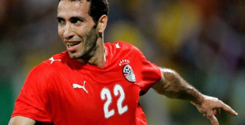 أبو تريكة يشارك في مباراة اعتزال «الهريفي»