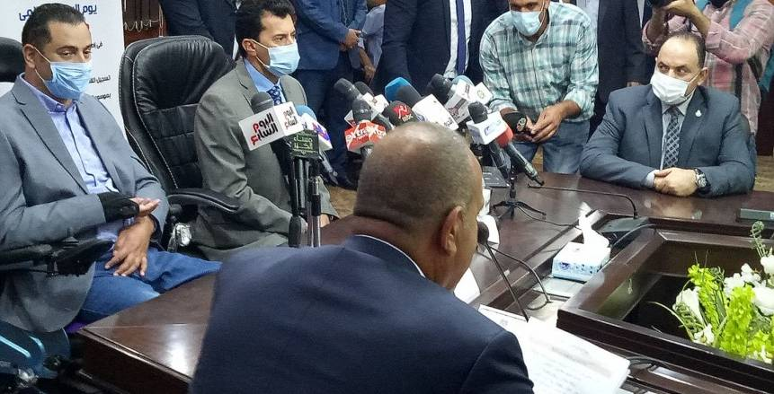 وزير الرياضة: انتخابات اتحاد الكرة ستقام وفقا للقانون المصري