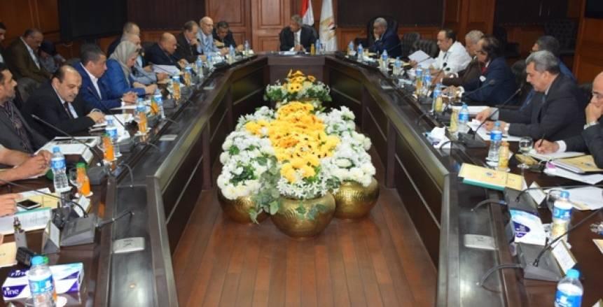 اللجنة المنظمة لبطولة العالم للطائرة تواصل اجتماعاتها في حضور وزير الرياضة