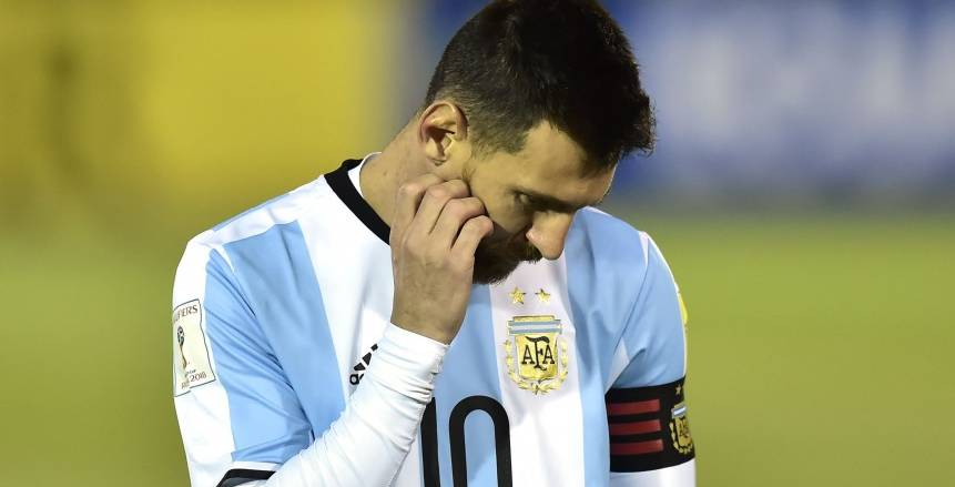 """""""طلب غريب"""" من رئيس الاتحاد الأرجنتيني لـ«ميسي»"""
