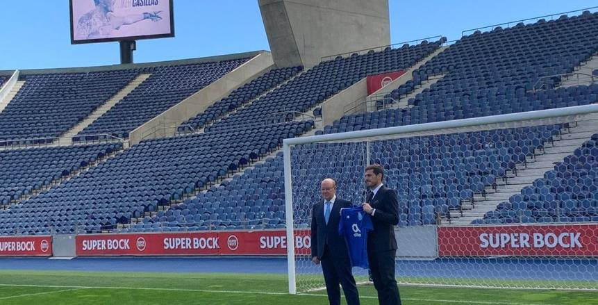 قبل مواجهة محمد صلاح  رسميا.. «كاسياس» يجدد عقده مع بورتو البرتغالي