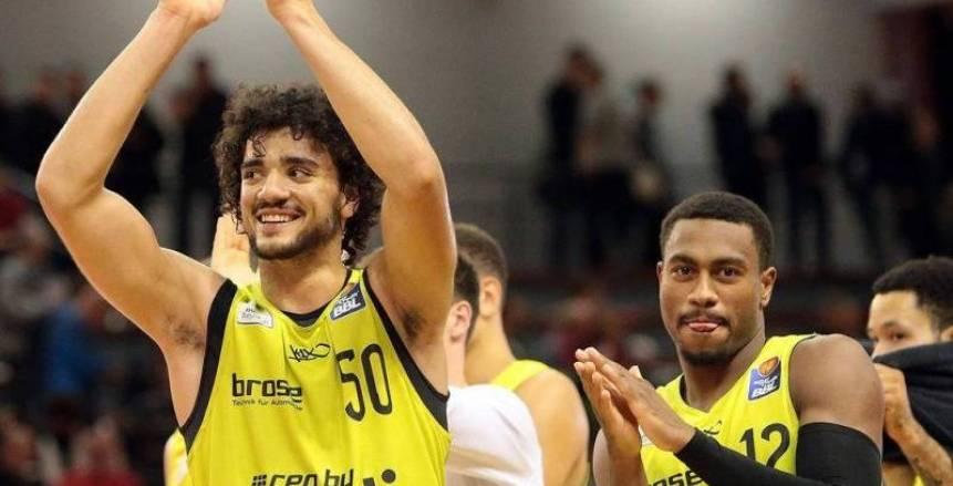 «مرعي» يتألق.. ويقود فريقه التركي لتحقيق الفوز في بطولة أوروبا لكرة السلة