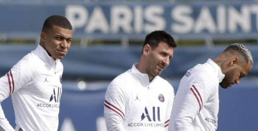 الثلاثي الذهبي.. ميسي يقود تشكيل باريس سان جيرمان في دوري أبطال أوروبا