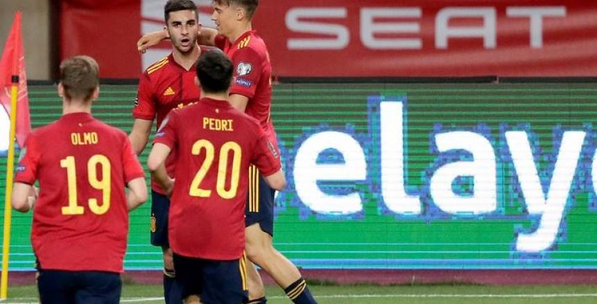 تعادل إيجابي بين إسبانيا وبولندا في يورو 2020