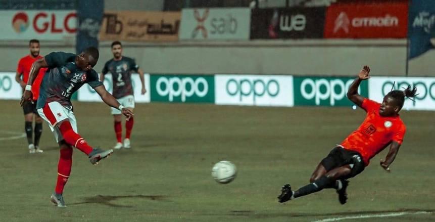 الأهلي يتعادل أمام البنك سلبيا في الدوري المصري