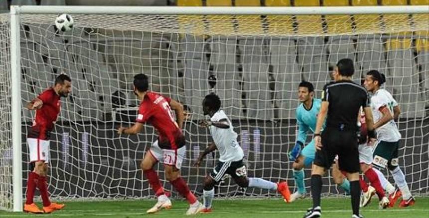 الأهلي يفوز على المصري بهدفين