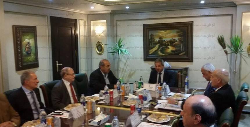 بالصور  بدء اجتماع مركز التسوية في حضور وزير الرياضة وحسن مصطفى