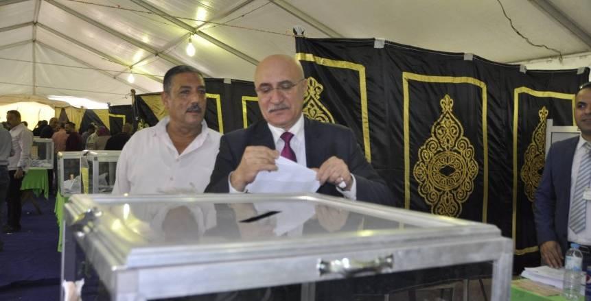 نائب رئيس المصري يشكر «حلبية» لتحمله المسئولية في المواقف الصعبة