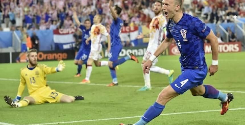 «بيرسيتش» يقود تشكيل كرواتيا المتوقع أمام إسبانيا