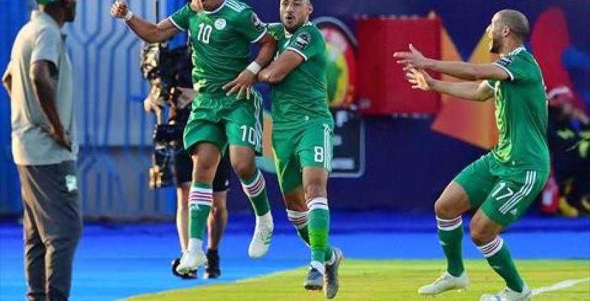 دموع ومكافآت واحتفالات فى الجزائر بعد التأهل لنصف النهائى