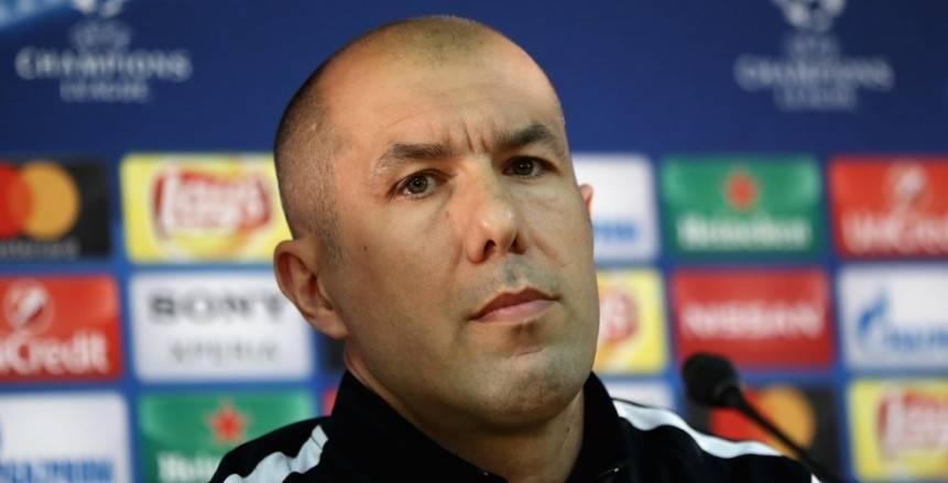 رسميا.. اقالة مدرب موناكو الفرنسي من منصبه
