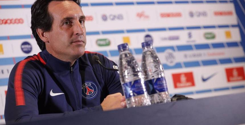 باريس سان جيرمان يفكر في الإطاحة بـ«إيمري» من قيادة فريق الكرة