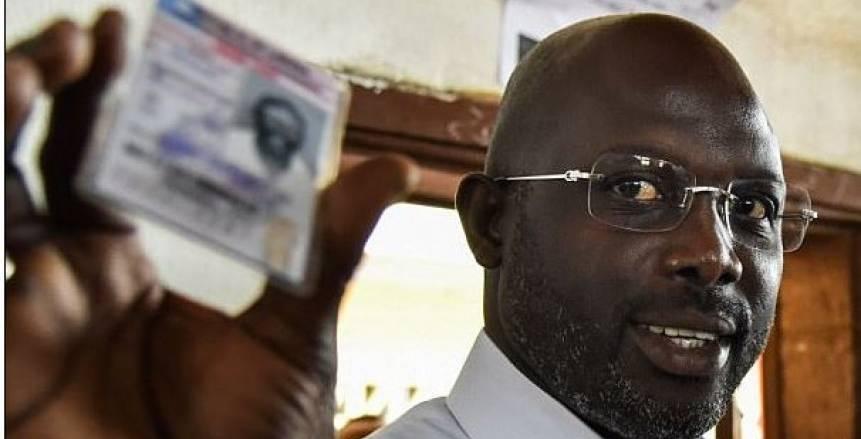جورج ويا ينتظر إعلان فوزه بمنصب رئيس ليبيريا