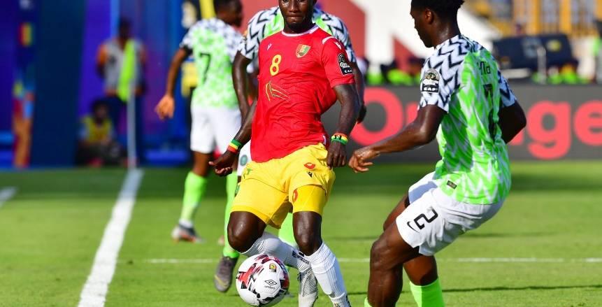 بالفيديو| أوميرو يتقدم لنيجيريا أمام غينيا