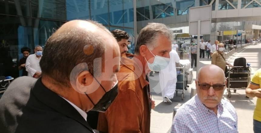 أول صور لوصول كارلوس كيروش مدرب منتخب مصر لمطار القاهرة