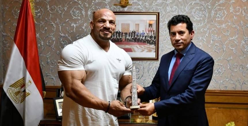 وزير الرياضة يستقبل بيج رامي بطل «مستر أولمبيا»: رفع اسم مصر عاليا