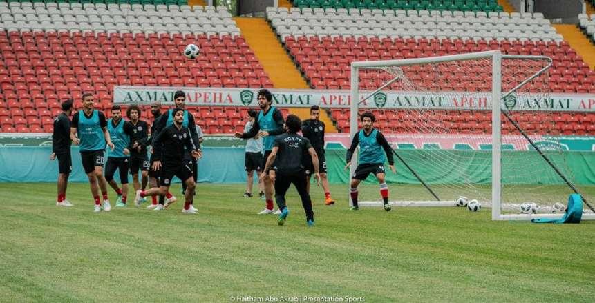محمد صلاح يشارك في تدريبات المنتخب الوطني