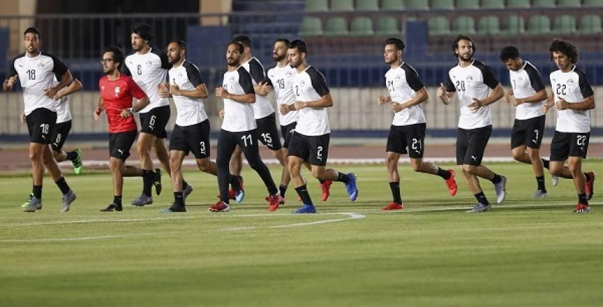 طلعت يوسف: أداء منتخب مصر غير مطمئن.. وتدخل اللاعبين في أزمة