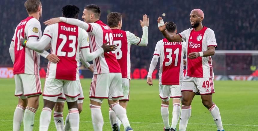 أياكس يتعاقد مع حارس منتخب هولندا السابق لمدة موسم