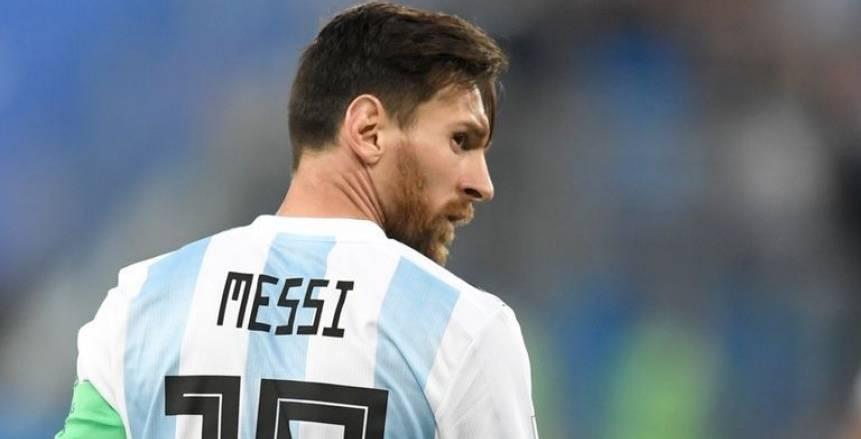 ليونيل ميسي يتحدى مدرب الأهلي السابق لفك عقدة الأرجنتين أمام تشيلي
