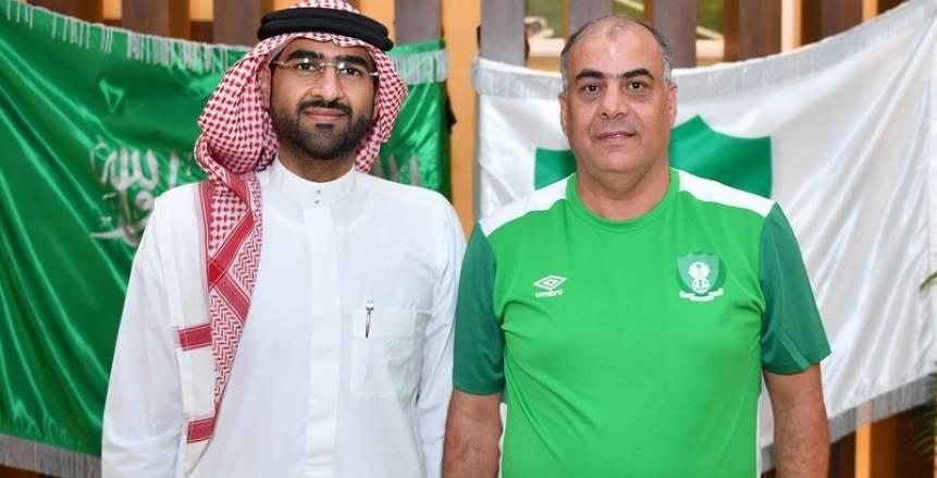 الأهلي السعودي يتعاقد رسميا مع طارق محروس لتدريب فريق اليد